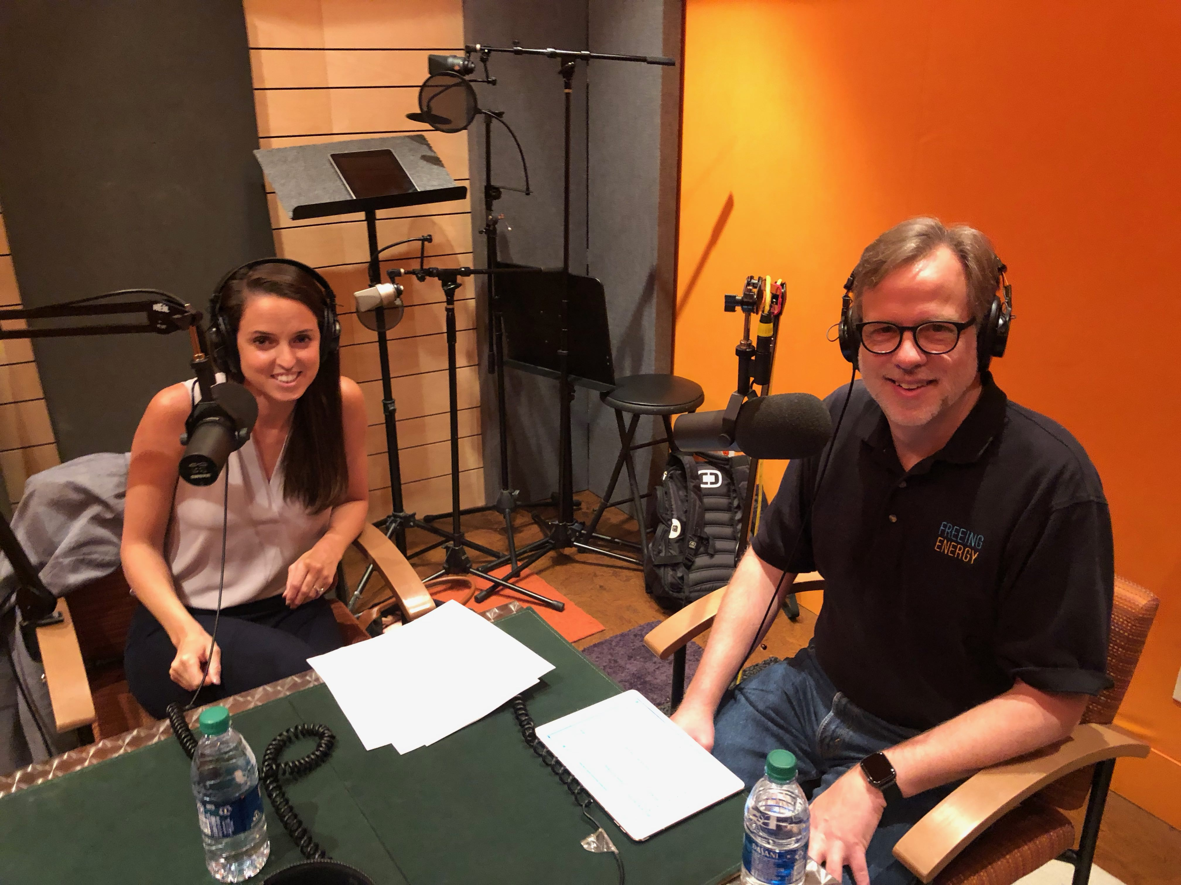 Host Bill Nussey and Emily Morris of Emrgy in the recording studio